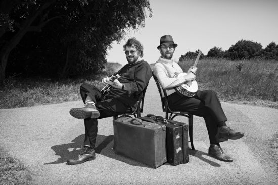 chas and dave shot for their record company